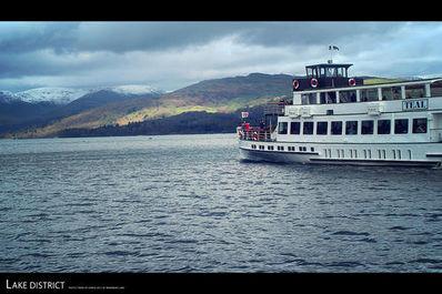 坐船上的美妙句子 求描写船或者画舫的优美句子