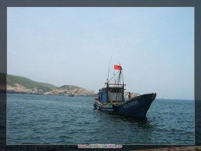 船想靠岸的句子 大海很美可船还是想靠岸是什么意思