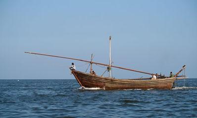 有关船靠岸的经典句子 描写渔船停船靠岸的诗句有什么?