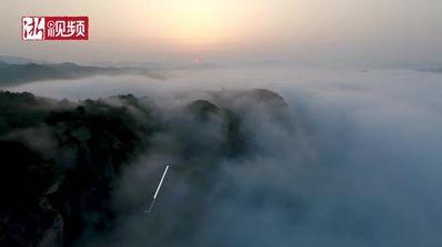 早上云雾缭绕的诗句 有关云雾缭绕的诗词